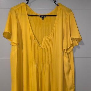 Torrid Yellow georgette pintuck Blouse NWOT